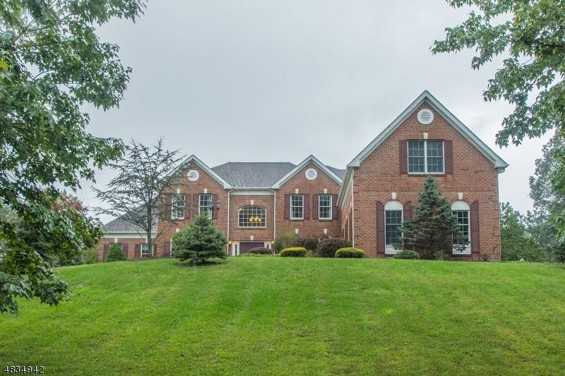 Eensgezinswoning voor Verkoop op 7 SOUTHWIND Drive Mount Olive, New Jersey 07836 Verenigde Staten
