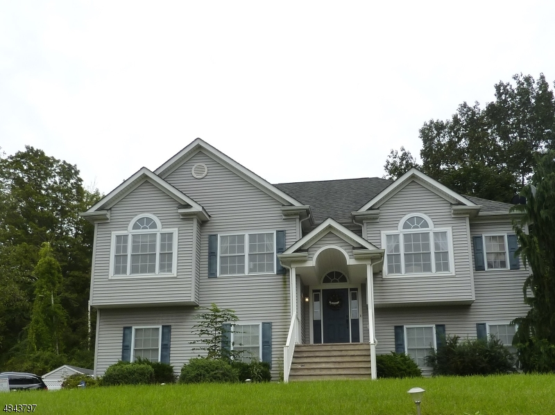 Single Family Home for Sale at 291 MAIN Street Ogdensburg, New Jersey 07439 United States