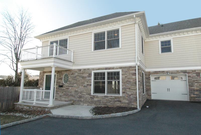 Condo / Townhouse pour l à louer à 52 MORRIS Avenue Summit, New Jersey 07901 États-Unis