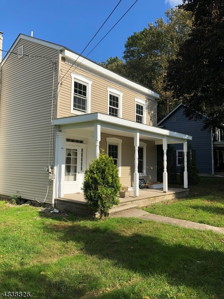 Single Family Home for Sale at 831 OXFORD ST 831 OXFORD ST Belvidere, New Jersey 07823 United States