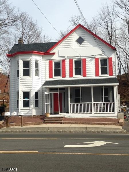 Commercial pour l à louer à 990 SOMERSET Street Watchung, New Jersey 07069 États-Unis