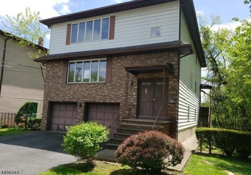 multi-family homes для того Продажа на Elmwood Park, Нью-Джерси 07407 Соединенные Штаты