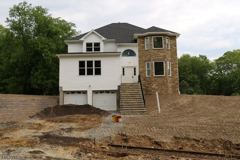 single family homes pour l Vente à Parsippany, New Jersey 07834 États-Unis