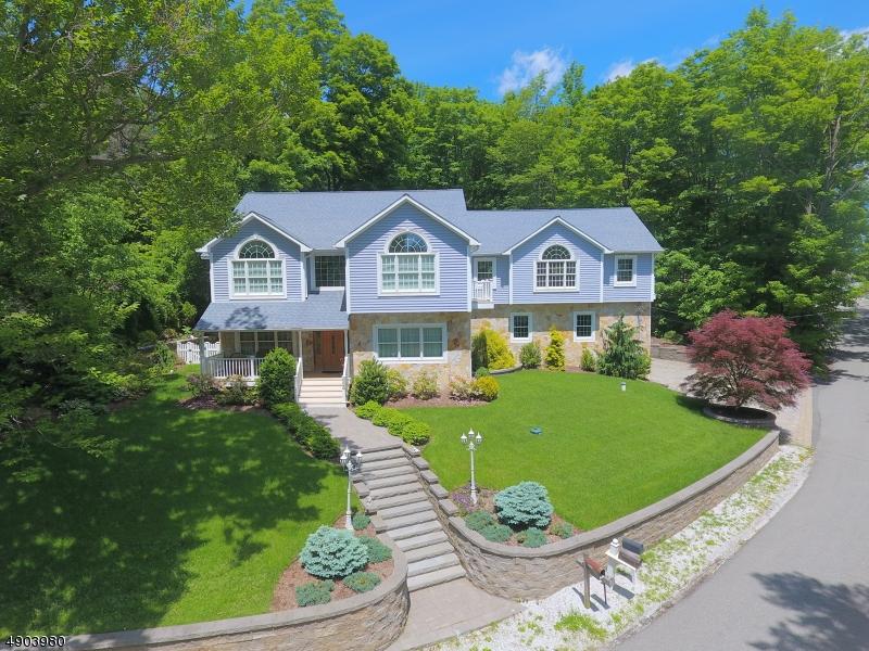 single family homes 为 销售 在 西米尔福德, 新泽西州 07421 美国