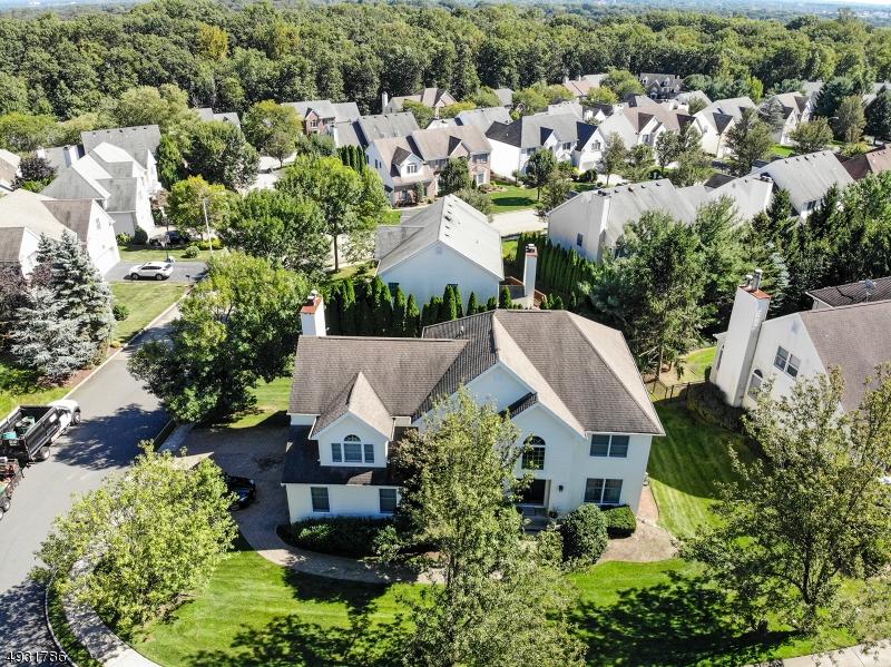Single Family Homes pour l Vente à Wyckoff, New Jersey 07481 États-Unis