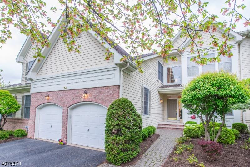 公寓 / 联排别墅 为 销售 在 Fairfield, 新泽西州 07004 美国