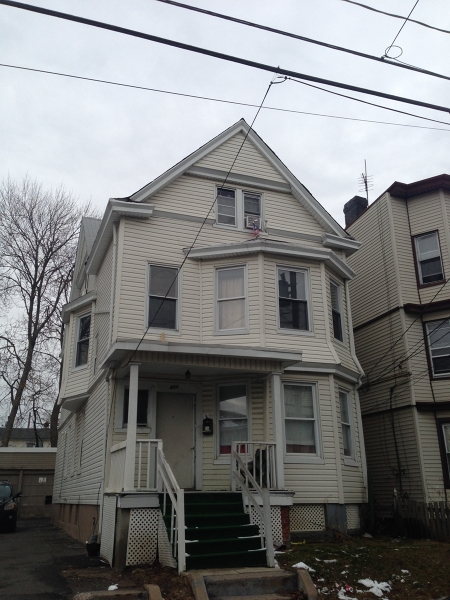 Additional photo for property listing at 402-406 E 28TH Street  Paterson, New Jersey 07514 États-Unis