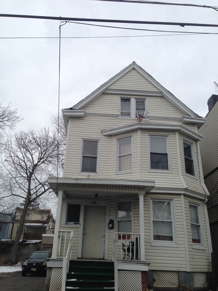 Additional photo for property listing at 402-406 E 28TH Street  Paterson, 新泽西州 07514 美国