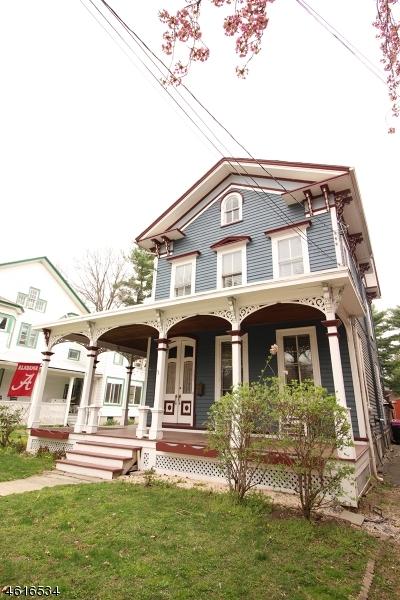 独户住宅 为 销售 在 209 Hardwick Street Belvidere, 新泽西州 07823 美国