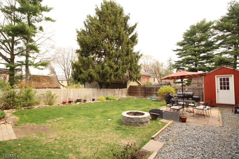Additional photo for property listing at 209 Hardwick Street  Belvidere, 新泽西州 07823 美国