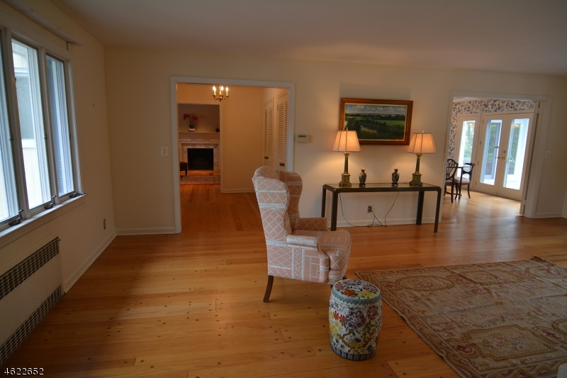 Additional photo for property listing at 19 Youngs Road  New Vernon, Nueva Jersey 07976 Estados Unidos