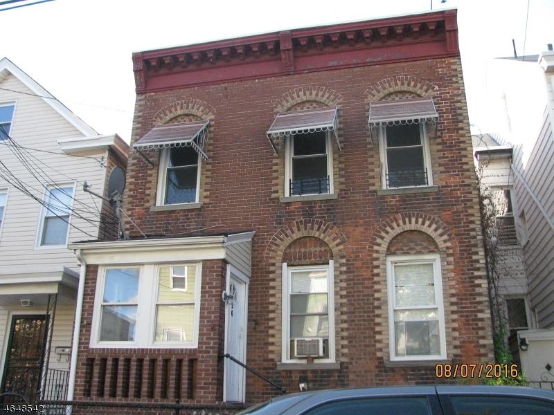 Casa Multifamiliar por un Venta en 20 N York Street Paterson, Nueva Jersey 07524 Estados Unidos
