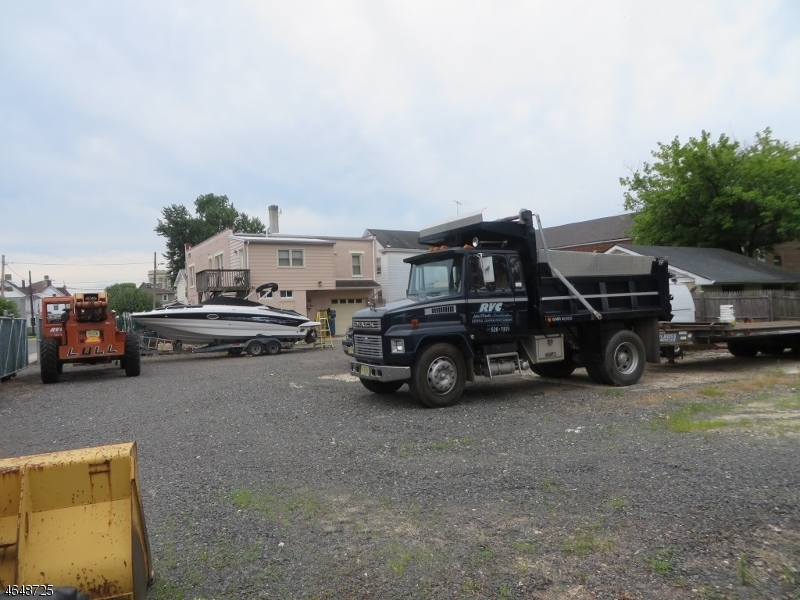 Commercial for Sale at 21 Colfax Street Raritan, 08869 United States