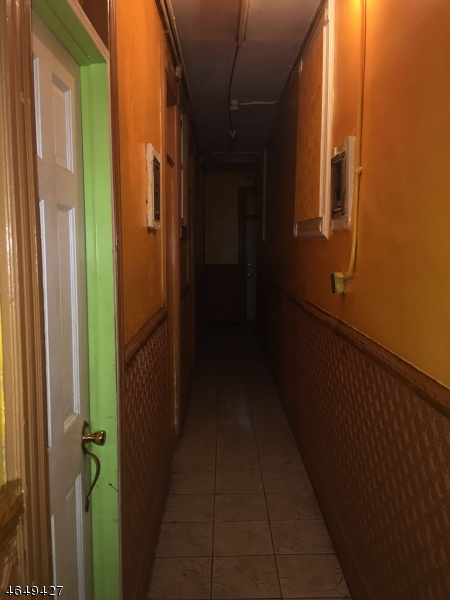 Additional photo for property listing at 438 Main Street  Paterson, New Jersey 07501 États-Unis