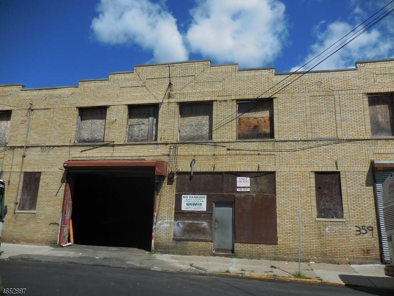 商用 为 销售 在 359-367 HAMILTON Avenue Paterson, 新泽西州 07501 美国