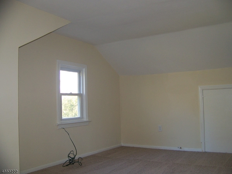 Additional photo for property listing at 115 Rick Road  Milford, Nueva Jersey 08848 Estados Unidos