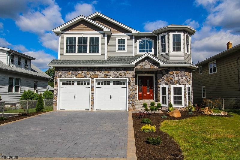 Частный односемейный дом для того Продажа на Address Not Available Linden, 07036 Соединенные Штаты