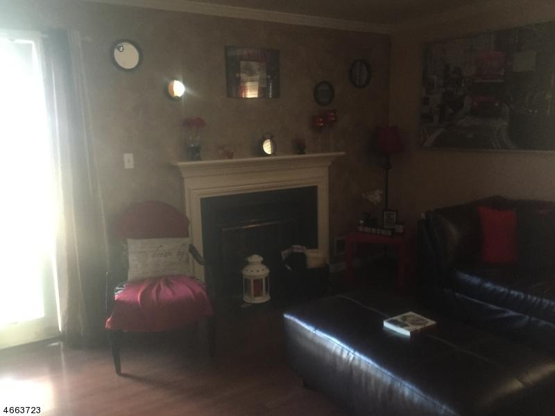 Additional photo for property listing at 120 Clark Place  Elizabeth, Nueva Jersey 07206 Estados Unidos