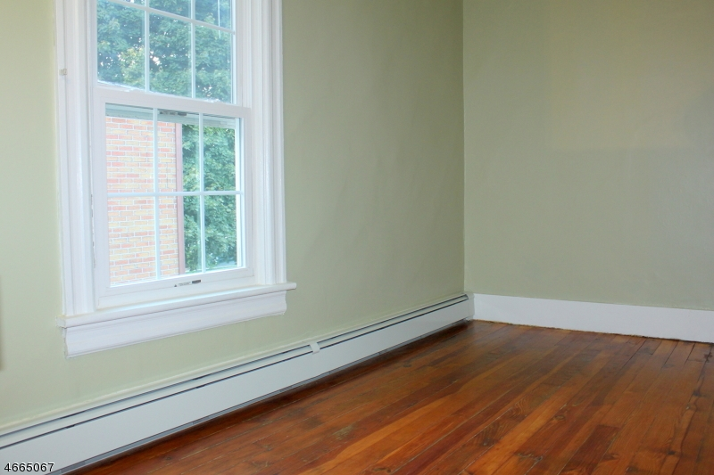 Additional photo for property listing at 643 Oxford Street  Belvidere, Nueva Jersey 07823 Estados Unidos