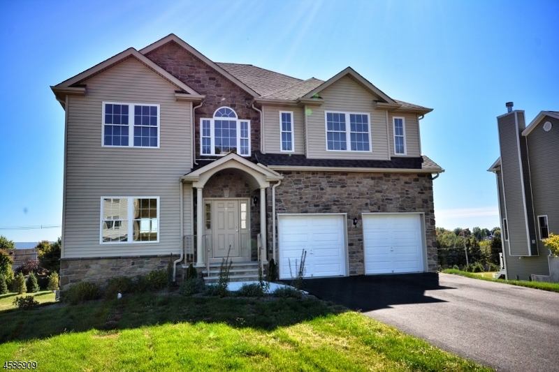 Casa Unifamiliar por un Venta en 7 Jacob Way Phillipsburg, Nueva Jersey 08865 Estados Unidos