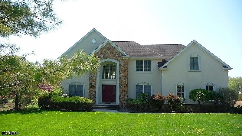 Частный односемейный дом для того Аренда на 96 WASHINGTON VALLEY ROAD Warren, 07059 Соединенные Штаты
