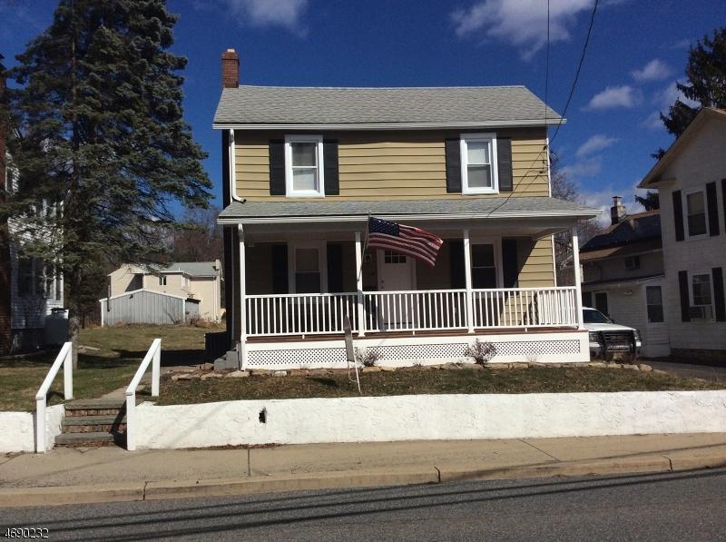 Частный односемейный дом для того Продажа на 138 Belvidere Avenue Oxford, 07863 Соединенные Штаты