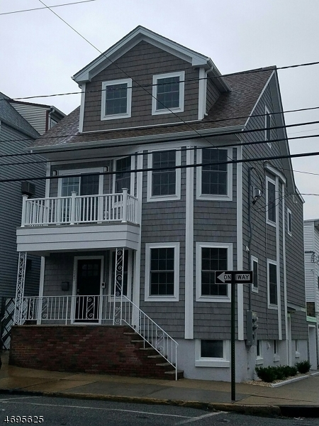 Single Family Home for Rent at 347 Chestnut Street Kearny, New Jersey 07032 United States