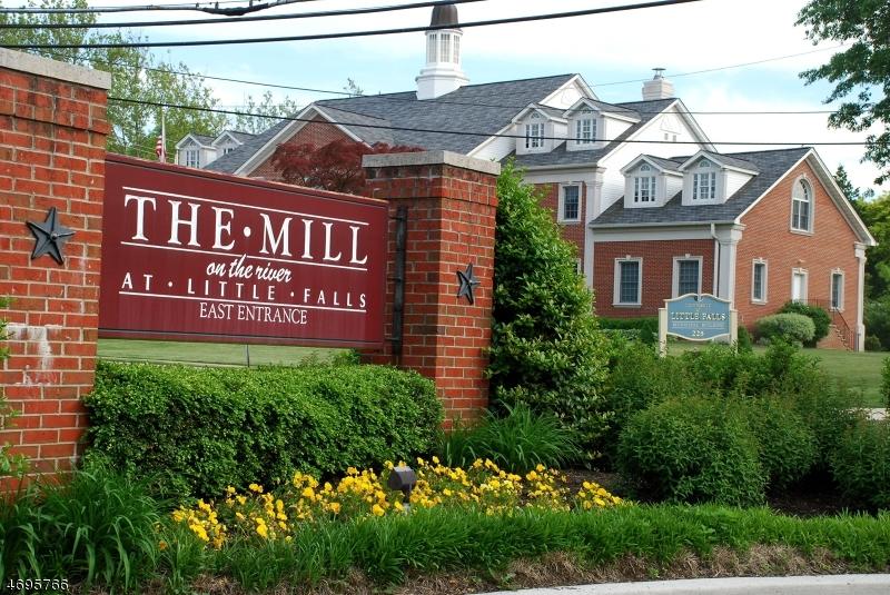 独户住宅 为 出租 在 240 Main St, UNIT 1 小瀑布市, 新泽西州 07424 美国