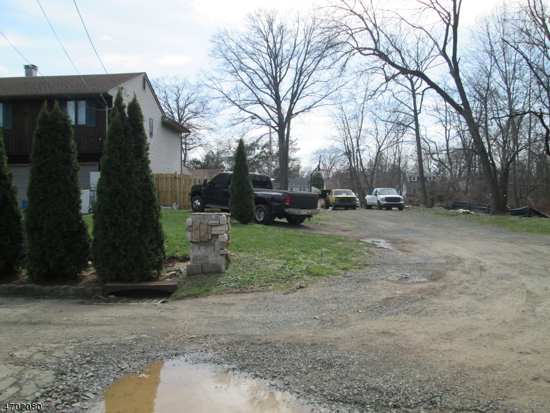 Additional photo for property listing at 37-43 WILEY Avenue  Plainfield, Нью-Джерси 07062 Соединенные Штаты