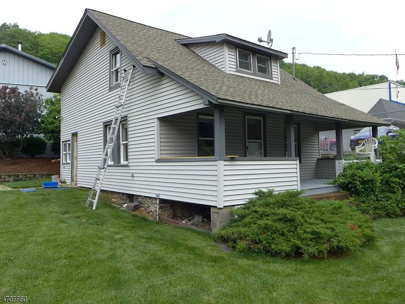 Maison unifamiliale pour l à louer à 7 White Road West Milford, New Jersey 07421 États-Unis