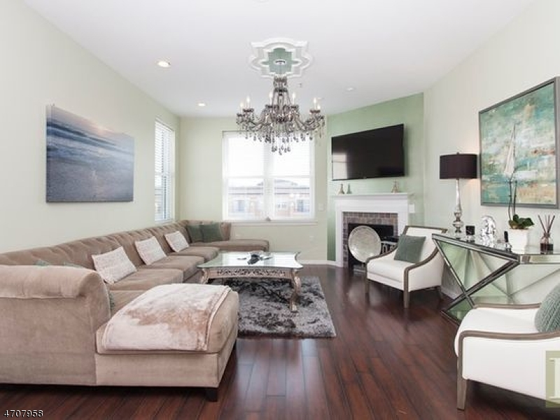 Casa Unifamiliar por un Alquiler en 1201 Adams Street Hoboken, Nueva Jersey 07030 Estados Unidos