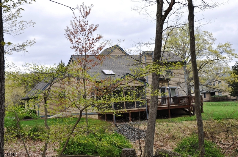 Частный односемейный дом для того Продажа на 702 Fawn Circle Canadensis, Пенсильвания 18325 Соединенные Штаты