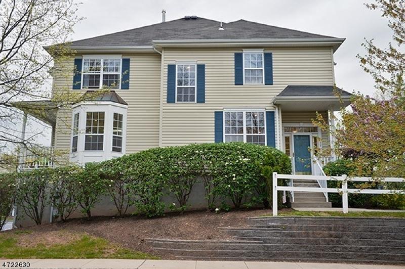 独户住宅 为 出租 在 17 Brentwood Court Raritan, 新泽西州 08822 美国