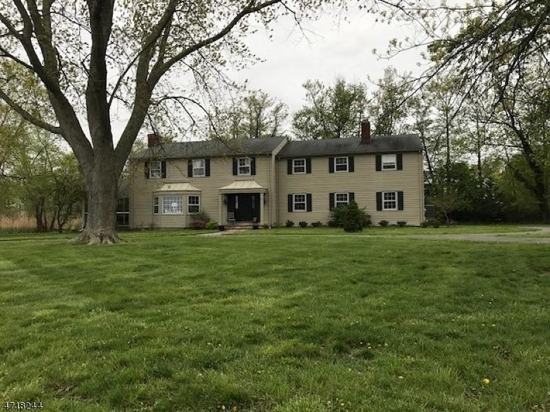 Частный односемейный дом для того Продажа на 10 Broadmoor Drive Rumson, Нью-Джерси 07760 Соединенные Штаты