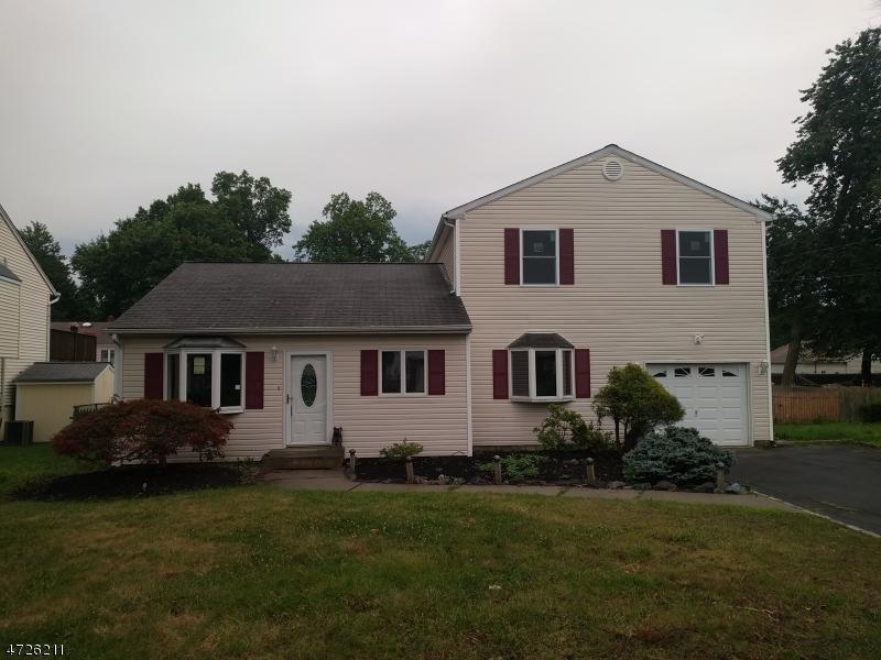 Casa Unifamiliar por un Alquiler en 24 Chrome Court Parsippany, Nueva Jersey 07054 Estados Unidos