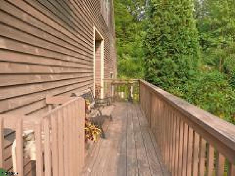 Casa Unifamiliar por un Alquiler en 43H LEXINGTON Lane West Milford, Nueva Jersey 07480 Estados Unidos
