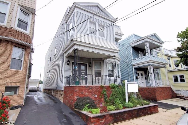 Maison avec plusieurs logements pour l Vente à 252 Highland Avenue Kearny, New Jersey 07032 États-Unis