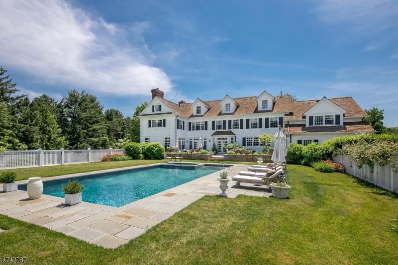 独户住宅 为 销售 在 75 Village Road 哈丁镇, 新泽西州 07976 美国