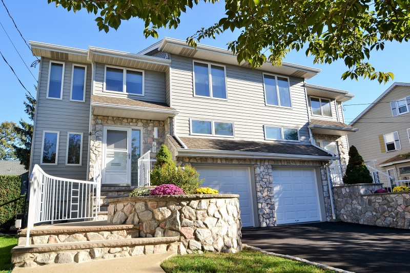 独户住宅 为 出租 在 83 Wesley Street 克利夫顿, 新泽西州 07013 美国