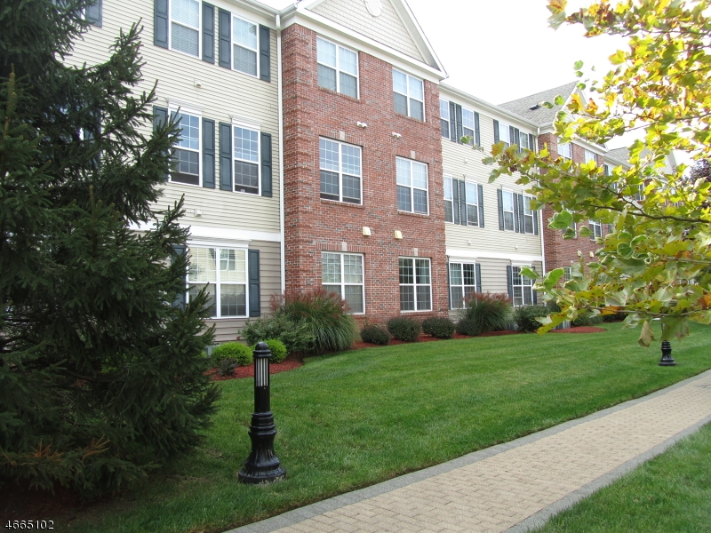 Single Family Home for Rent at 5 Patriots Path South Bound Brook, New Jersey 08880 United States