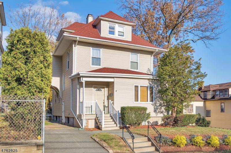 Einfamilienhaus für Verkauf beim 230 Boulevard 230 Boulevard Passaic, New Jersey 07055 Vereinigte Staaten