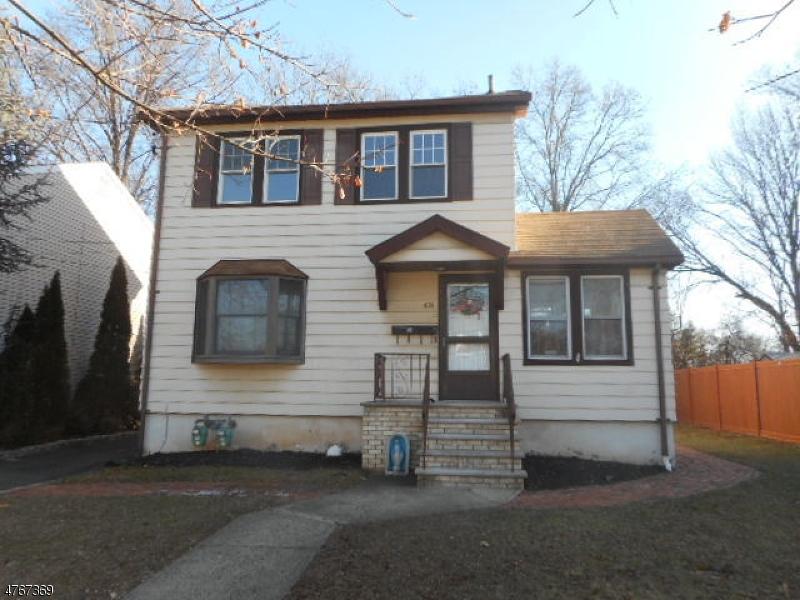 Casa Multifamiliar por un Venta en 631 Bloomingdale Avenue Kenilworth, Nueva Jersey 07033 Estados Unidos