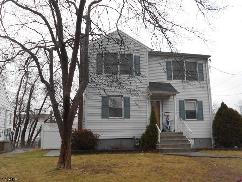 Casa Unifamiliar por un Venta en 296 Lincoln Drive Kenilworth, Nueva Jersey 07033 Estados Unidos