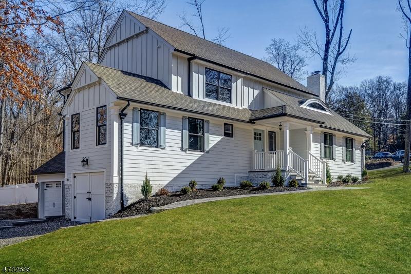 Villa per Vendita alle ore 6 PINE GROVE Road 6 PINE GROVE Road Berkeley Heights, New Jersey 07922 Stati Uniti
