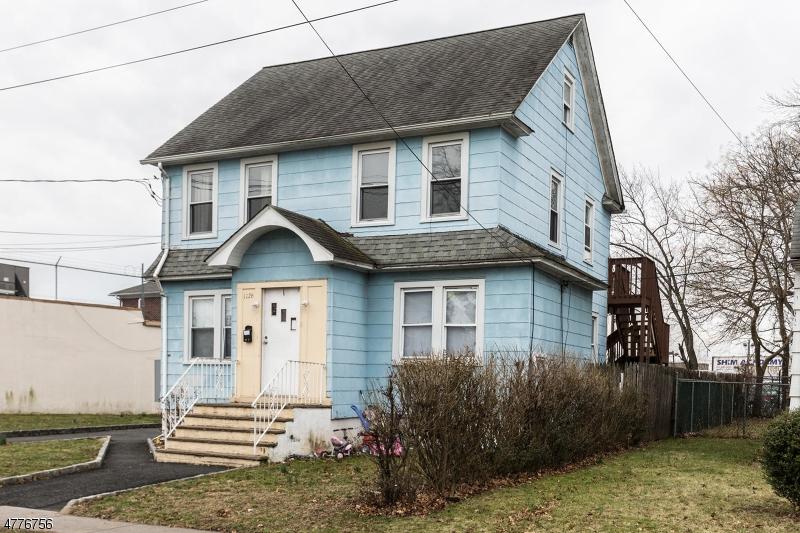 Многосемейный дом для того Продажа на 1126 Thompson Avenue Roselle, Нью-Джерси 07203 Соединенные Штаты