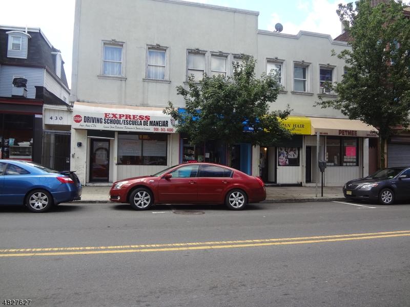 商用 为 销售 在 430 WATCHUNG Avenue 平原镇, 新泽西州 07060 美国