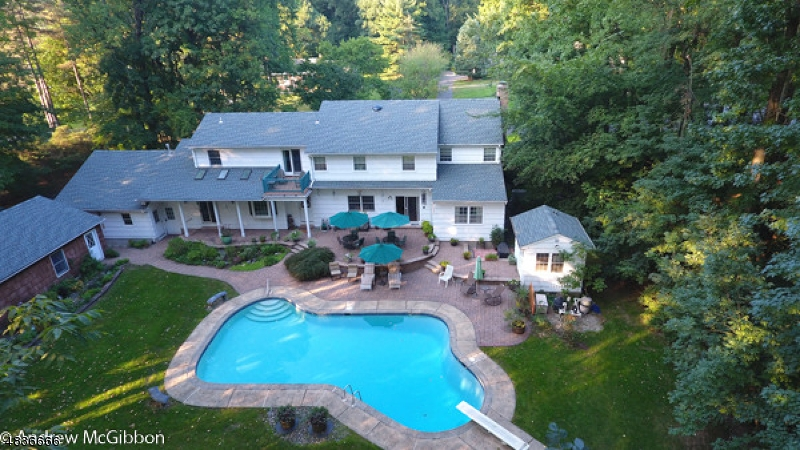 Single Family Home for Sale at 10 BRANDYWINE Court Scotch Plains, New Jersey 07076 United States