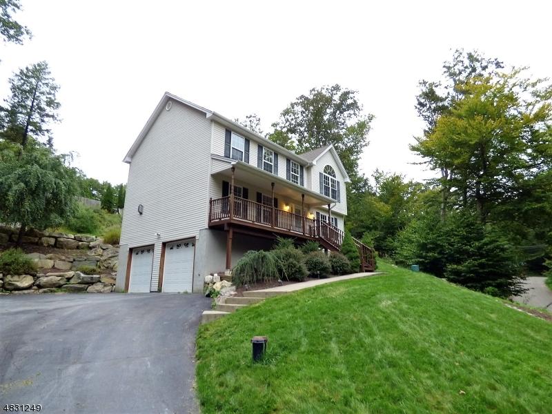 独户住宅 为 销售 在 35 NEWARK Road 西米尔福德, 新泽西州 07421 美国