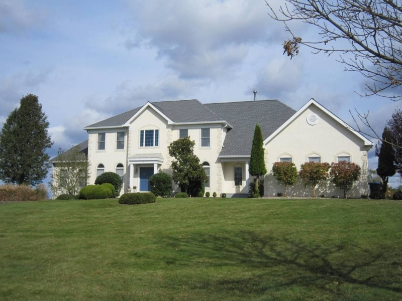 Single Family Home for Sale at Branchburg, New Jersey 08853 United States