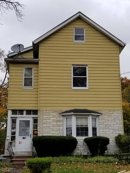 Maison unifamiliale pour l Vente à 435 HILLSIDE Avenue Orange, New Jersey 07050 États-Unis